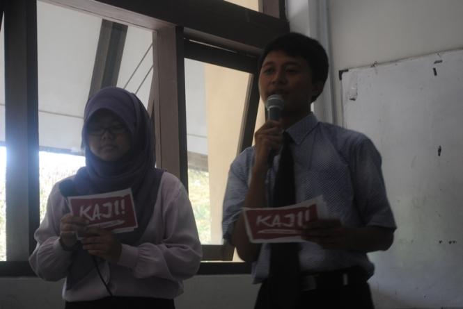 Nissa dan Ryan saat menjadi MC.