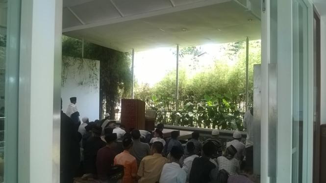 Masjid Eco Pesantren Daarut Tauhiid.