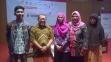 Bersama Pak Onno W Purbo dan beberapa peserta workshop.