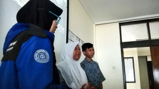 Sambutan dari siswa mengenai kunjungannya ke kampus UPI.